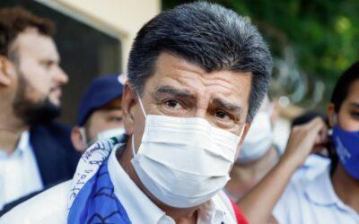 Efraín Alegre es reelegido presidente del mayor partido opositor de Paraguay
