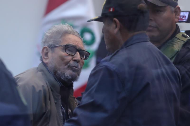 El Congreso de Perú aprueba una ley para incinerar el cadáver del fundador de Sendero Luminoso